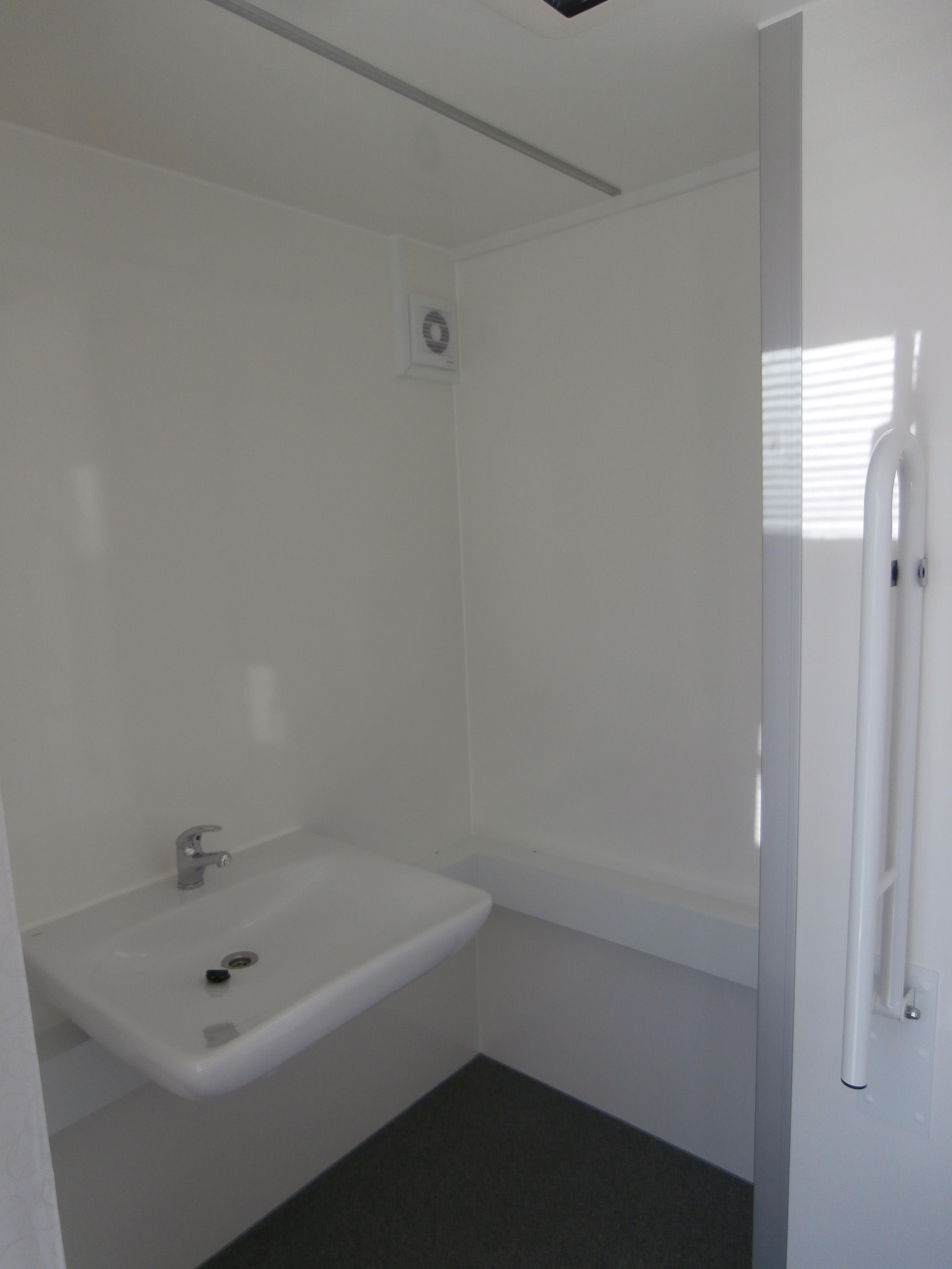 Typ 17 g 32 mobile badezimmer eurowagon - Mobiles badezimmer ...